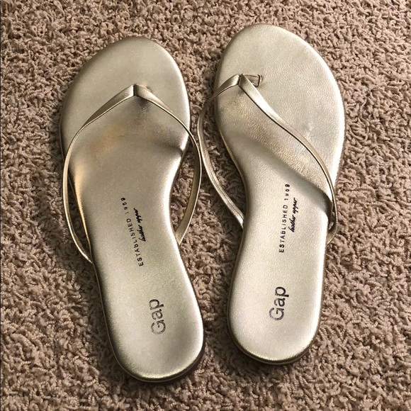 4971b432ae6f GAP Shoes - GAP Gold metallic flip flops